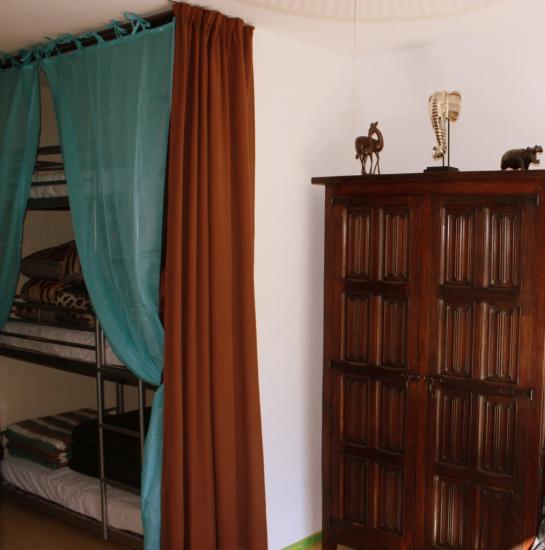 chambre 3 lits superposés du kenyan