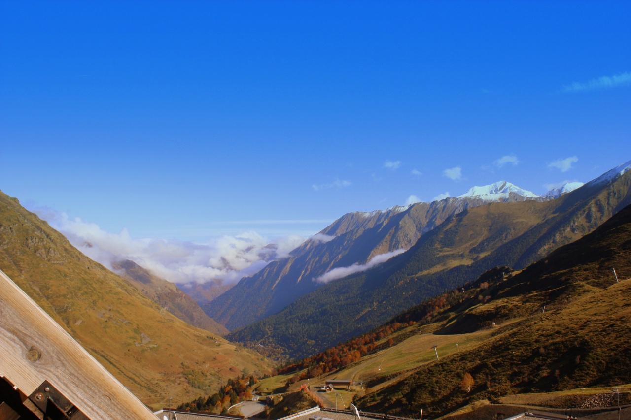 vue-sur-la-valle-d-aure-depuis-le-balcon.jpg